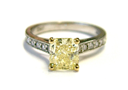 precious stones yellow diamond-ring
