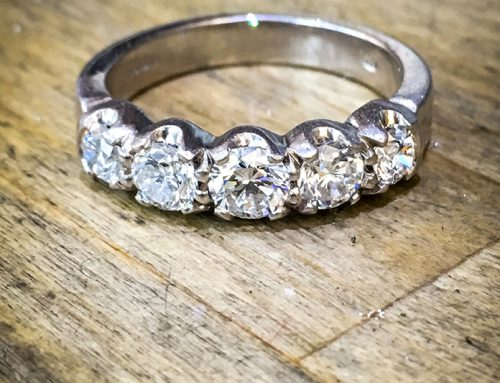 ENGAGEMENT RINGS: Diamond & Platinum 5 Stone Ring