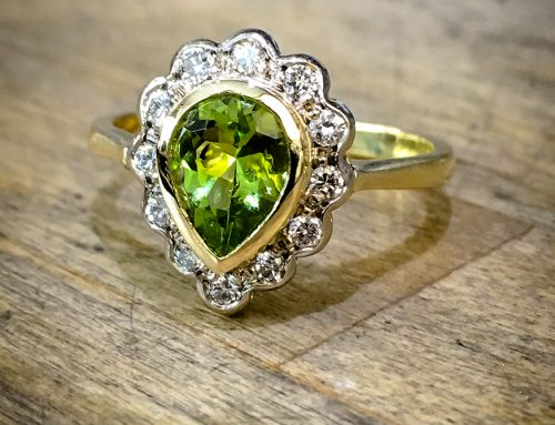 COCKTAIL RINGS: Peridot, Diamond Yellow Gold & Platinum Engagement Ring