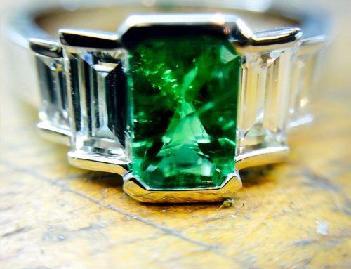 COCKTAIL RINGS: Art Deco Inspired Diamond & Emerald Ring