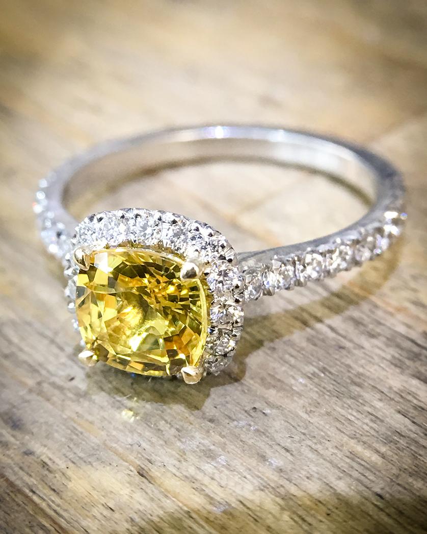 engagement rings diamond yellow sapphire platinum. Black Bedroom Furniture Sets. Home Design Ideas